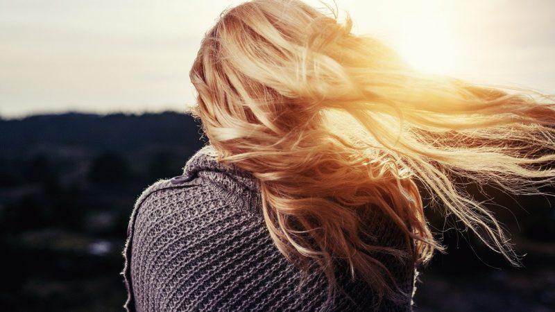Jak dbać o swoje włosy, jak właściwie je pielęgnować aby zawsze wyglądały pięknie